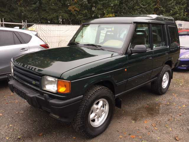gebraucht 1 2 5 tdi allrad automatik land rover discovery 1998 km in solingen. Black Bedroom Furniture Sets. Home Design Ideas