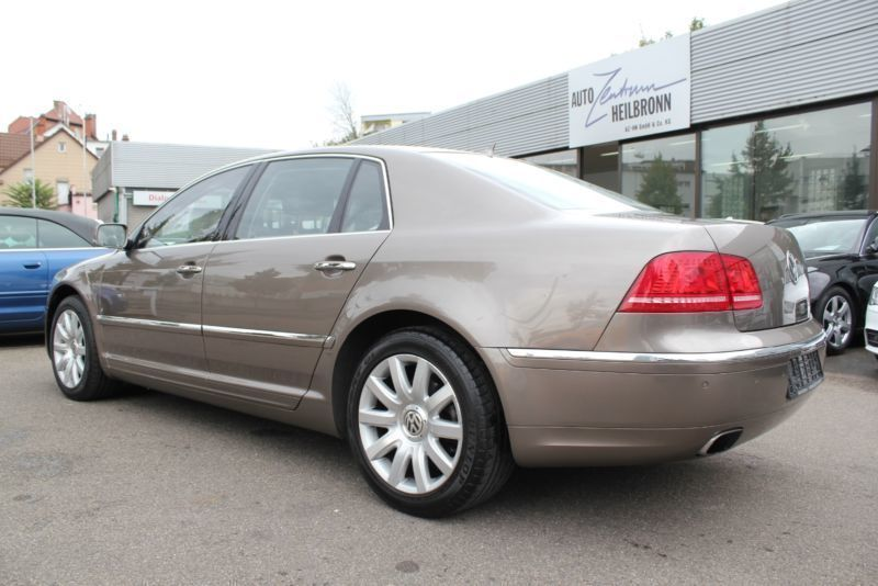 verkauft vw phaeton 4 2 v8 4motion aut gebraucht 2011 km in neustadt in holstein. Black Bedroom Furniture Sets. Home Design Ideas