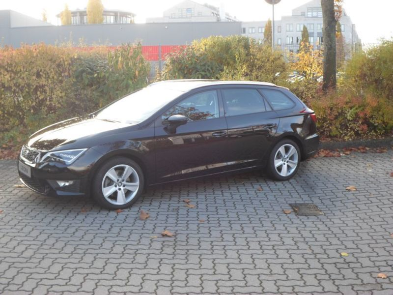 verkauft seat leon st 2 0 tdi dsg fr k gebraucht 2016 km in leipzig. Black Bedroom Furniture Sets. Home Design Ideas