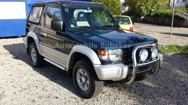 verkauft mitsubishi pajero cabrio 3 0 gebraucht 2000 km in bergatreute. Black Bedroom Furniture Sets. Home Design Ideas