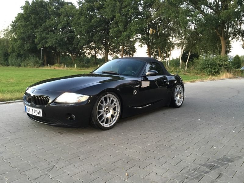gebraucht 3 0 i sterlinggrau bmw z4 2003 km in straubing. Black Bedroom Furniture Sets. Home Design Ideas