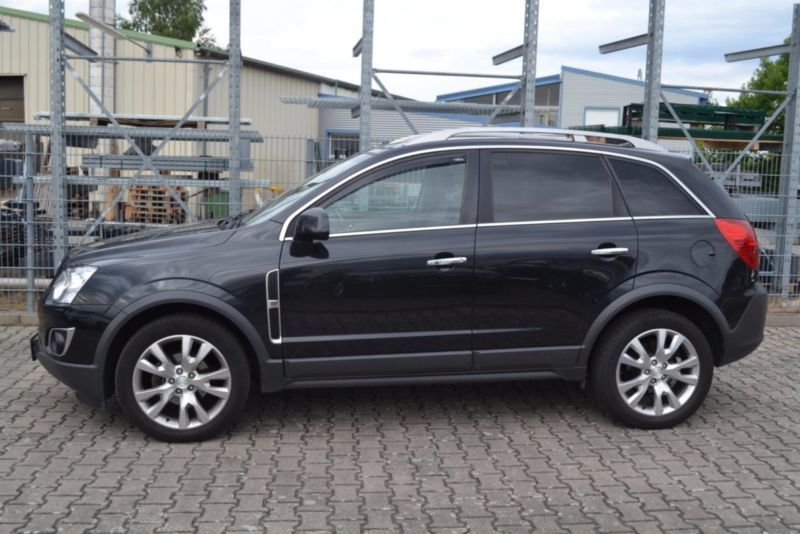 verkauft opel antara cosmo 4x4 leder n gebraucht 2012 km in wetzlar. Black Bedroom Furniture Sets. Home Design Ideas