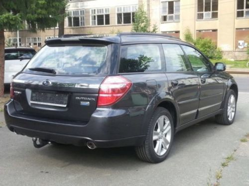 gebraucht 2 0d trend subaru outback 2009 km in. Black Bedroom Furniture Sets. Home Design Ideas