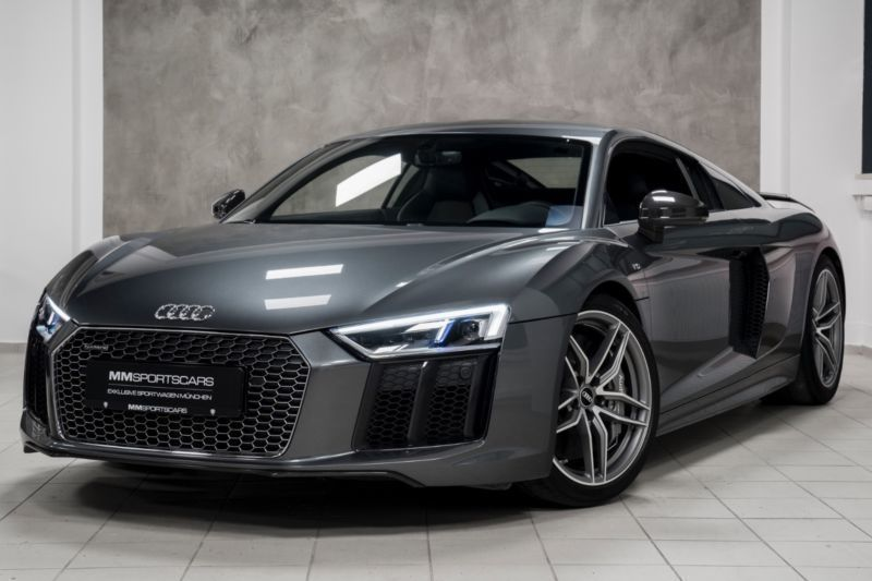 verkauft audi r8 coup 5 2 fsi plus qu gebraucht 2015 km in m nchen. Black Bedroom Furniture Sets. Home Design Ideas