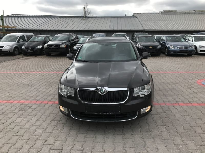 verkauft skoda superb combi ambition gebraucht 2010 km in nagold. Black Bedroom Furniture Sets. Home Design Ideas