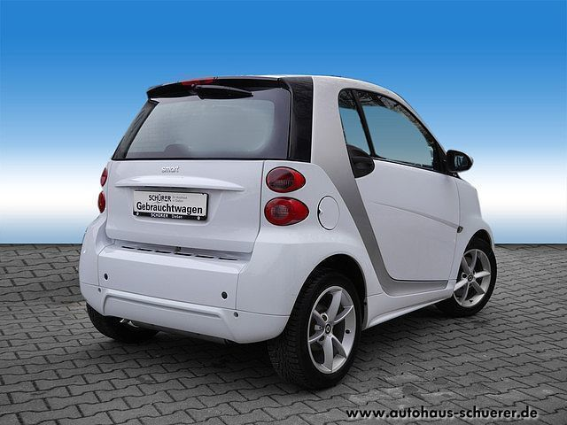 verkauft smart fortwo coup pulse euro gebraucht 2011. Black Bedroom Furniture Sets. Home Design Ideas