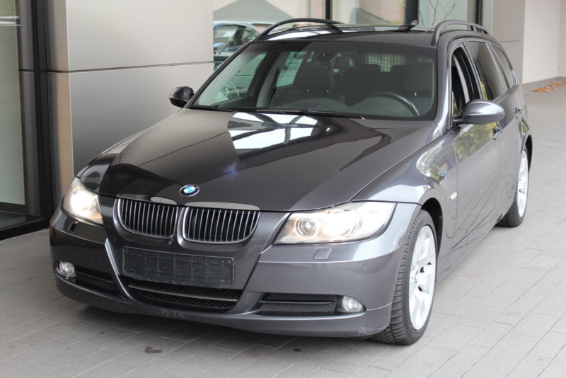 verkauft bmw 325 i xdrive touring lede gebraucht 2008 km in chemnitz. Black Bedroom Furniture Sets. Home Design Ideas