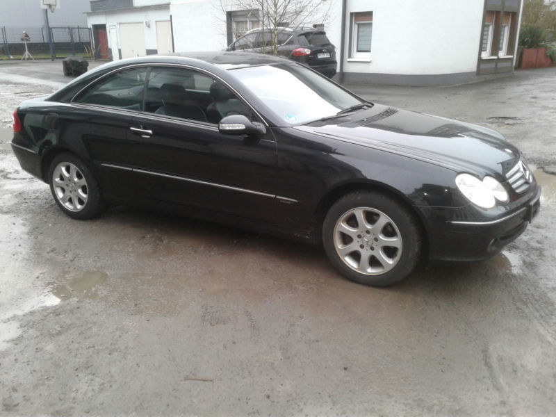 verkauft mercedes clk320 clk coupe gebraucht 2004 km in detmold. Black Bedroom Furniture Sets. Home Design Ideas