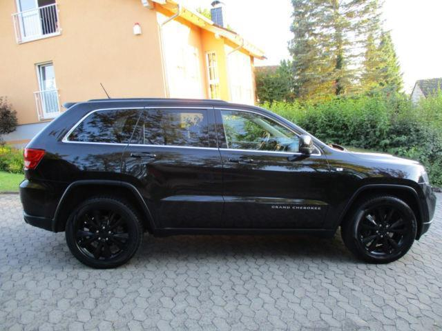 verkauft jeep grand cherokee 3 0 crd s gebraucht 2013 km in fulda. Black Bedroom Furniture Sets. Home Design Ideas