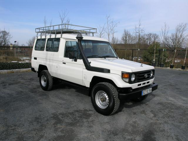verkauft toyota land cruiser hzj 78 gebraucht 2006 km in ottendorf okrilla. Black Bedroom Furniture Sets. Home Design Ideas