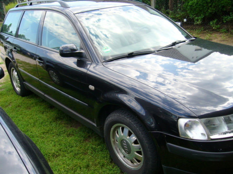 verkauft vw passat variant trendline gebraucht 1997 km in wittenberg. Black Bedroom Furniture Sets. Home Design Ideas