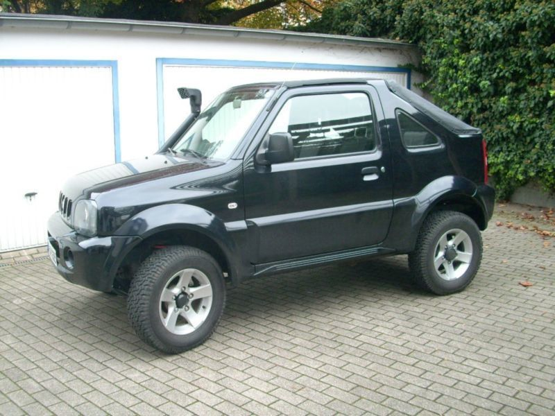 verkauft suzuki jimny 1 4 348254 4x4 gebraucht 2005 km in bayern. Black Bedroom Furniture Sets. Home Design Ideas