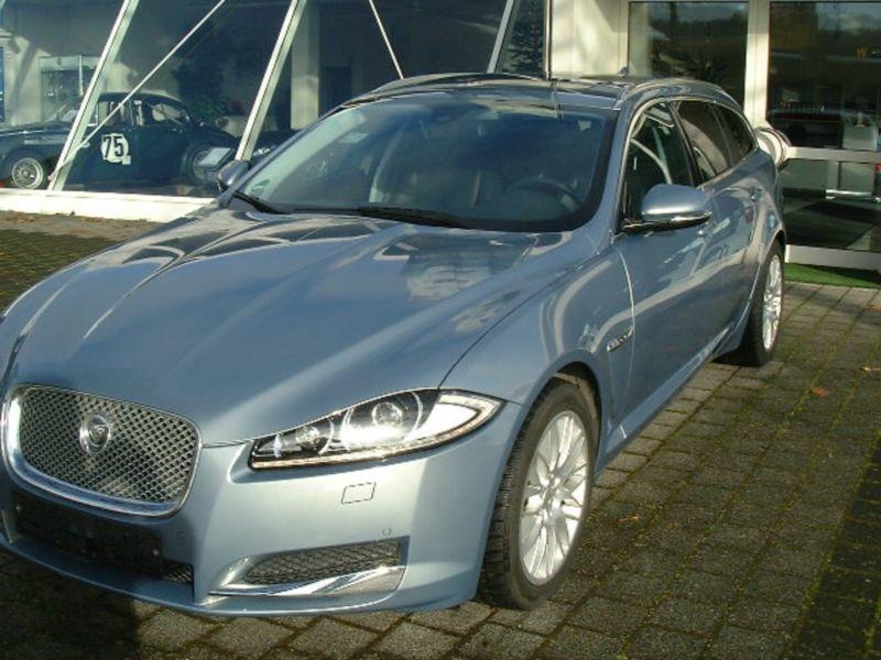 gebraucht 2 2 diesel jaguar xf sportbrake 2013 km 64. Black Bedroom Furniture Sets. Home Design Ideas