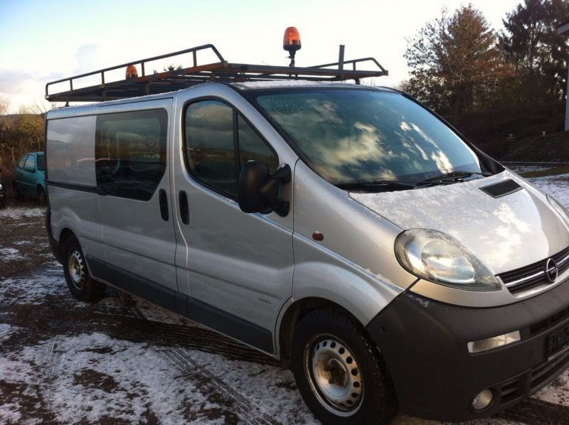 verkauft opel vivaro 2 5 cdti l1h1 tec gebraucht 2006 km in rheinberg. Black Bedroom Furniture Sets. Home Design Ideas
