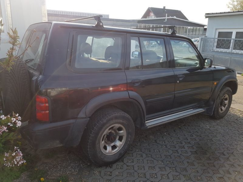 verkauft nissan patrol gr 2 8 turbod c gebraucht 1999 km in offenburg. Black Bedroom Furniture Sets. Home Design Ideas