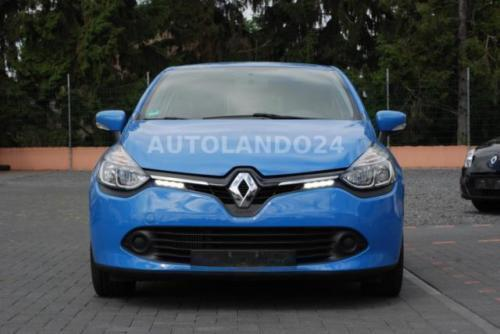verkauft renault clio iv dynamique gebraucht 2015 km in euskirchen. Black Bedroom Furniture Sets. Home Design Ideas