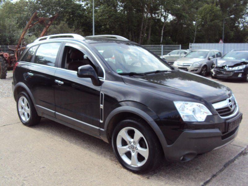 verkauft opel antara cosmo 4x4 gebraucht 2007 km in rostock. Black Bedroom Furniture Sets. Home Design Ideas