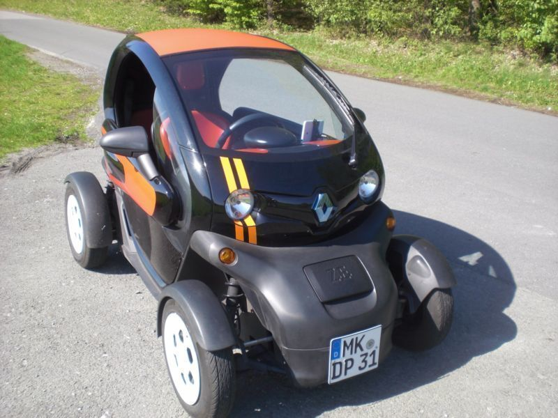 verkauft renault twizy mit batterie gebraucht 2012 km in l denscheid. Black Bedroom Furniture Sets. Home Design Ideas
