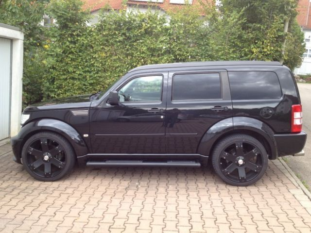 verkauft dodge nitro 4 0 r t voll mit gebraucht 2008 km in herbrechtingen. Black Bedroom Furniture Sets. Home Design Ideas