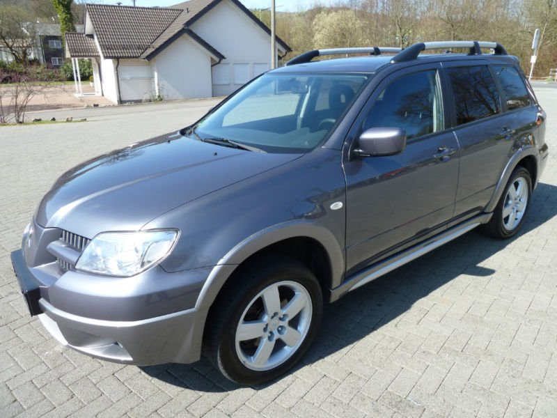verkauft mitsubishi outlander 2 0 4wd gebraucht 2007 km in hauzenberg oberdi. Black Bedroom Furniture Sets. Home Design Ideas