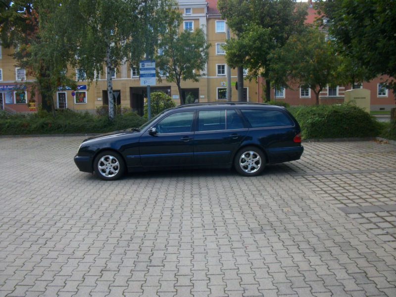 verkauft mercedes e200 kompressor kl gebraucht 2000 km in dresden. Black Bedroom Furniture Sets. Home Design Ideas