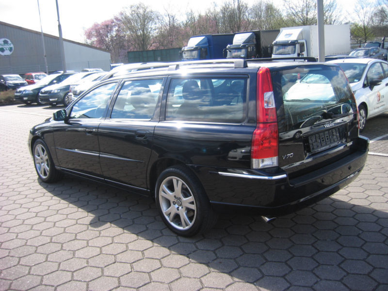 verkauft volvo v70 kombi d5 summum gebraucht 2006 km in reinbek. Black Bedroom Furniture Sets. Home Design Ideas