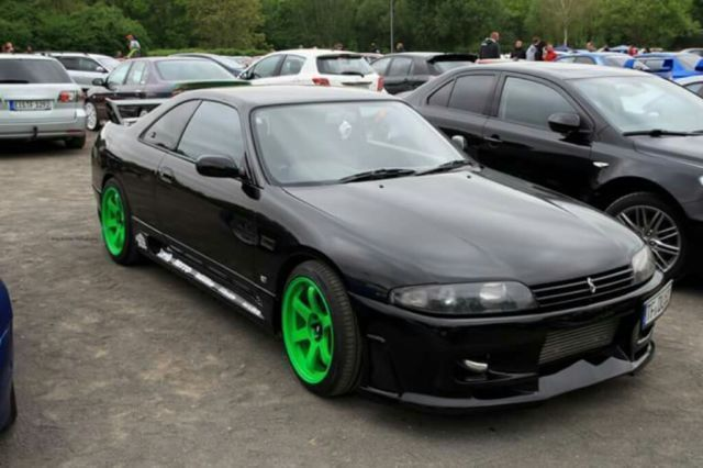 verkauft nissan skyline gebraucht 1994 km in. Black Bedroom Furniture Sets. Home Design Ideas