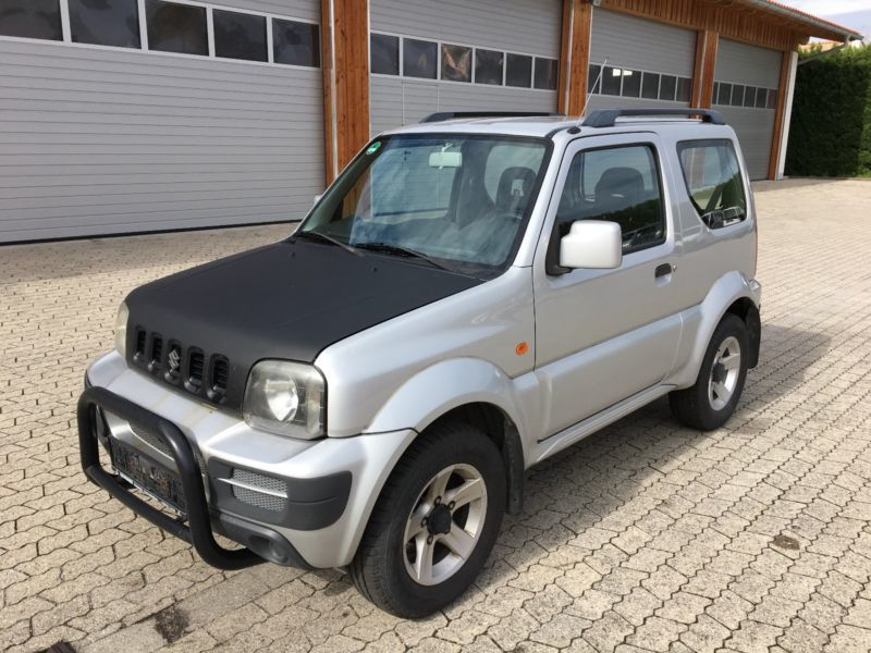 verkauft suzuki jimny comfort gebraucht 2006 km in murnau. Black Bedroom Furniture Sets. Home Design Ideas