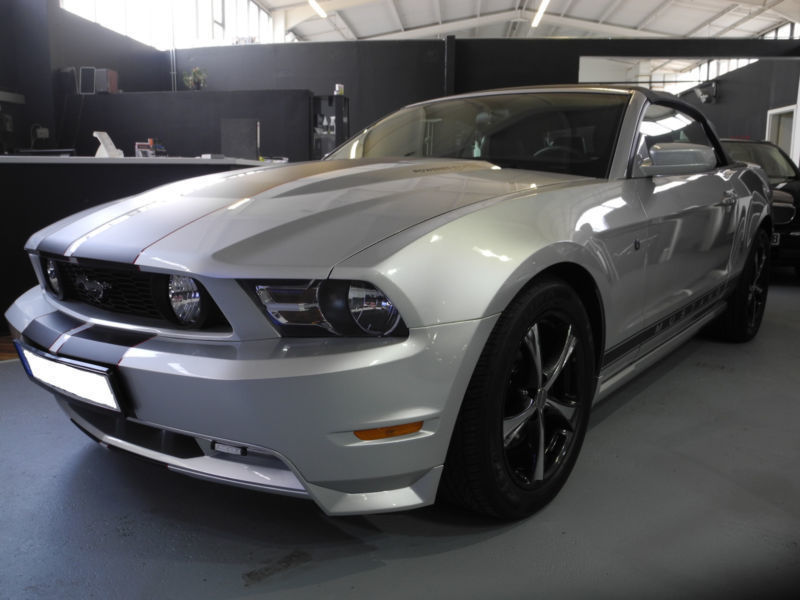 gebraucht cabrio ford mustang 2012 km in erlenmoos. Black Bedroom Furniture Sets. Home Design Ideas