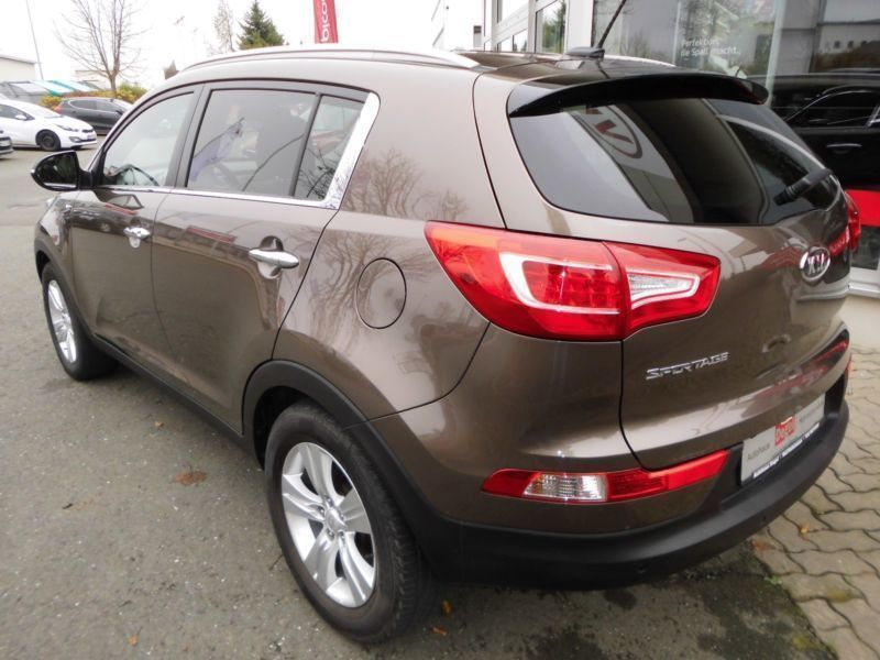 gebraucht 2 0 crdi 4wd spirit xenon kia sportage 2012 km in hof. Black Bedroom Furniture Sets. Home Design Ideas