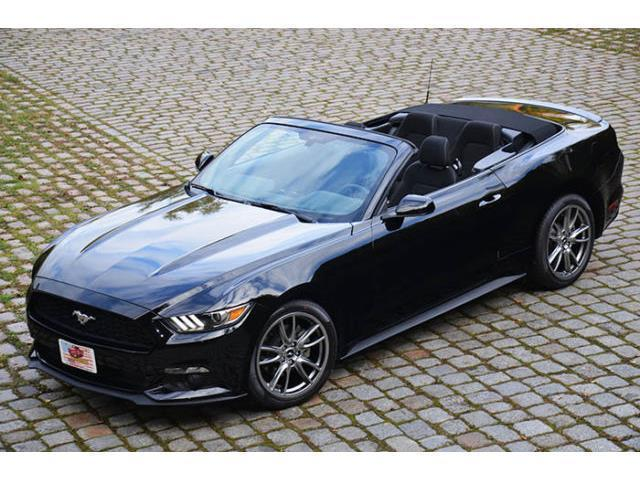 gebraucht 2015 cabrio v6 19 zoll brembo ford mustang 2015 km in hagen. Black Bedroom Furniture Sets. Home Design Ideas