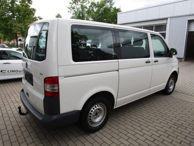 verkauft vw t5 t5 kombi 9 sitzer bus gebraucht 2011 120. Black Bedroom Furniture Sets. Home Design Ideas