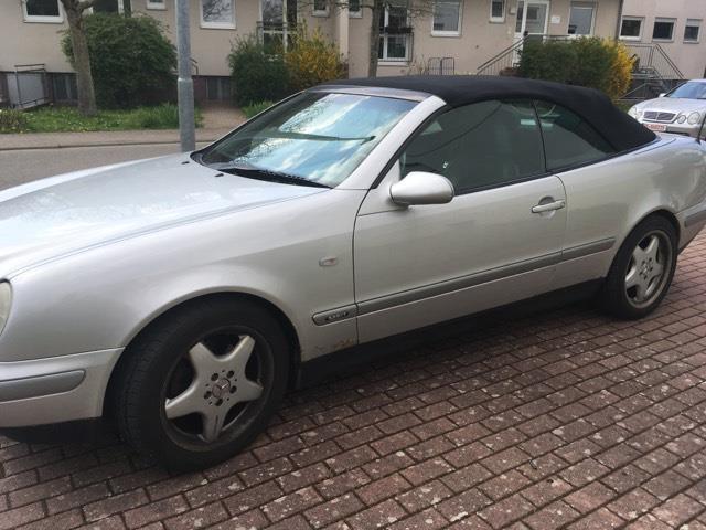 verkauft mercedes clk320 cabrio sport gebraucht 1999 222. Black Bedroom Furniture Sets. Home Design Ideas