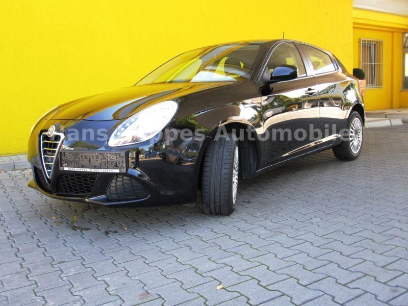 verkauft alfa romeo giulietta 1 4 gebraucht 2012 km in mannheim. Black Bedroom Furniture Sets. Home Design Ideas