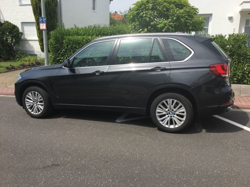 verkauft bmw x5 xdrive30d gebraucht 2014 km in frankfurt am main. Black Bedroom Furniture Sets. Home Design Ideas