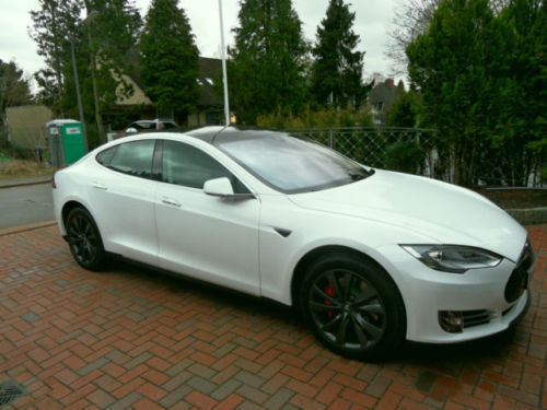 verkauft tesla model s dual motor allr gebraucht 2015 5. Black Bedroom Furniture Sets. Home Design Ideas