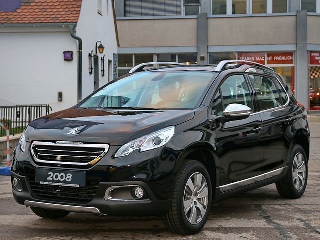 verkauft peugeot 2008 allure bluehdi f gebraucht 2015 100 km in n rnberg. Black Bedroom Furniture Sets. Home Design Ideas