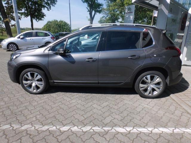 verkauft peugeot 2008 allure navigation gebraucht 2016 km in rhinow. Black Bedroom Furniture Sets. Home Design Ideas