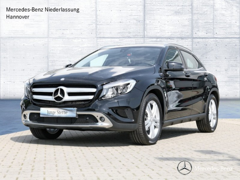 verkauft mercedes gla220 d 4matic spor gebraucht 2016 km in hildesheim. Black Bedroom Furniture Sets. Home Design Ideas