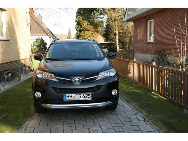 verkauft toyota rav4 autom suv allra gebraucht 2015 km in hamburg. Black Bedroom Furniture Sets. Home Design Ideas