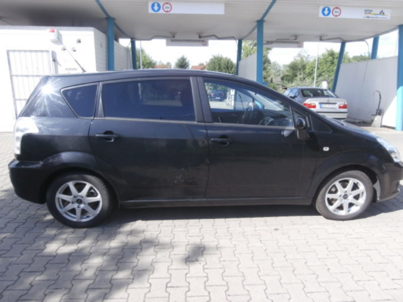 verkauft toyota corolla verso 2 2 d 4d gebraucht 2008 km in germersheim. Black Bedroom Furniture Sets. Home Design Ideas