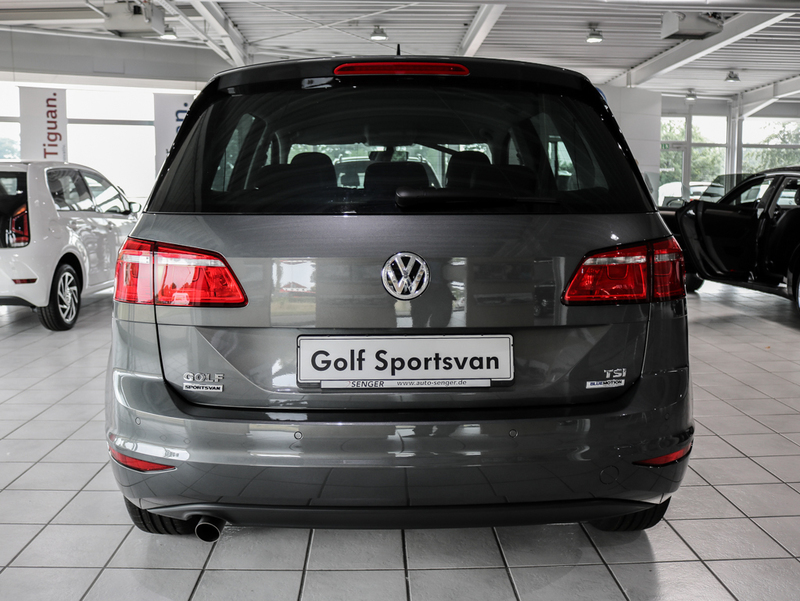 verkauft vw golf sportsvan sound bluem gebraucht 2016 100 km in bad segeberg. Black Bedroom Furniture Sets. Home Design Ideas