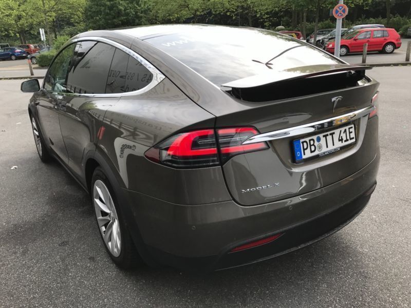 verkauft tesla model x 75d 6 sitze ap2 gebraucht 2016 km in paderborn. Black Bedroom Furniture Sets. Home Design Ideas