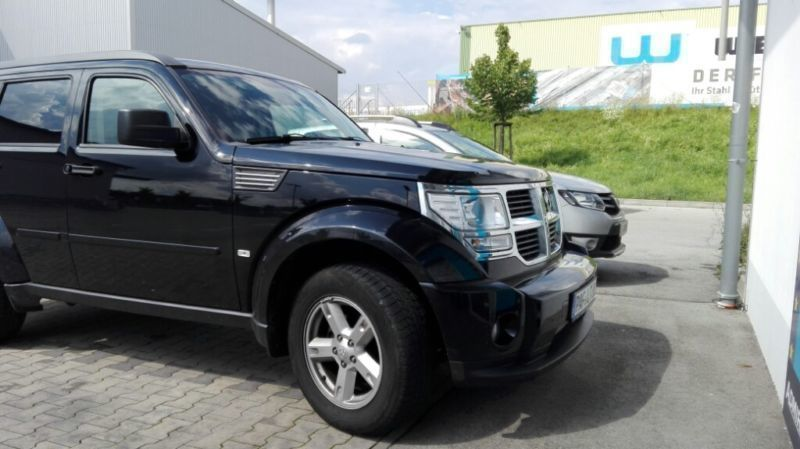 verkauft dodge nitro gebraucht 2007 km in m nchsm nster. Black Bedroom Furniture Sets. Home Design Ideas