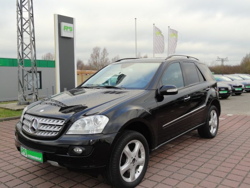 verkauft mercedes ml320 ml 320 m klass gebraucht 2007 km in greifswald. Black Bedroom Furniture Sets. Home Design Ideas