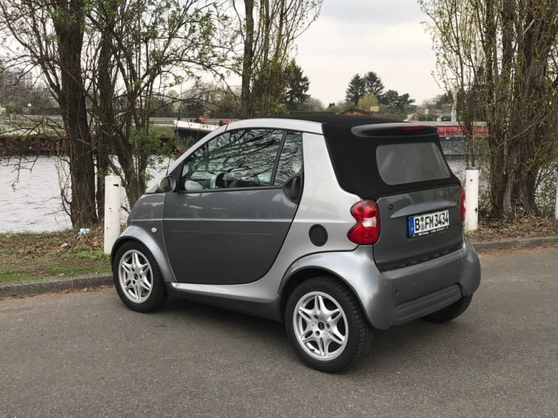 verkauft smart fortwo cabrio gebraucht 2002 km in berlin. Black Bedroom Furniture Sets. Home Design Ideas