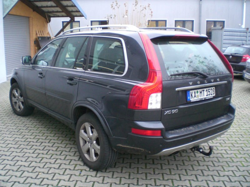 verkauft volvo xc90 d4 momentum geartr gebraucht 2012 km in eggenstein. Black Bedroom Furniture Sets. Home Design Ideas