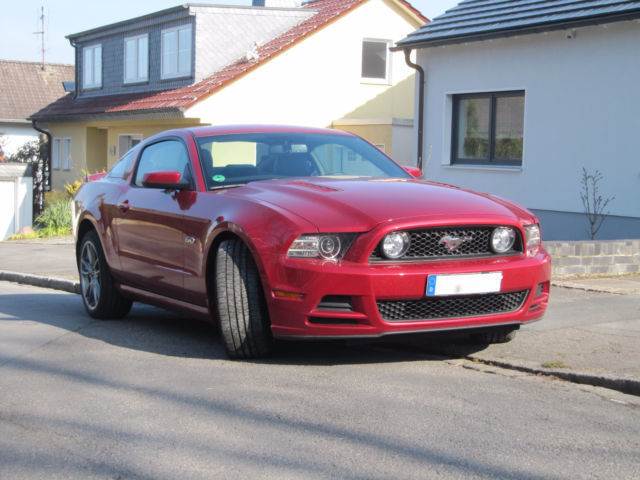 verkauft ford mustang gt gt 5 0 gebraucht 2012 km. Black Bedroom Furniture Sets. Home Design Ideas