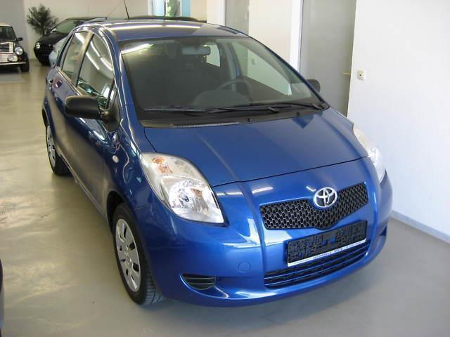 gebraucht 1 0 toyota yaris 2008 km in magdeburg. Black Bedroom Furniture Sets. Home Design Ideas