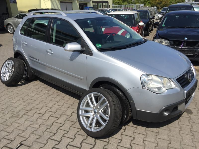 verkauft vw polo cross polo gebraucht 2008 km in kelkheim. Black Bedroom Furniture Sets. Home Design Ideas
